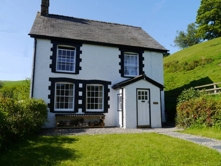 Holiday cottage in Llanarmon